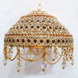 Diamond cut, Gold plated 6 inches Chattar with Studs